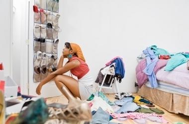 _messy_closet1