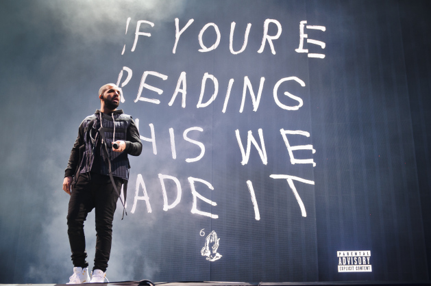LONDON, ENGLAND - JULY 03:  Drake performs on Day 1 of the New Look Wireless Festival at Finsbury Park on July 3, 2015 in London, England.  (Photo by Joseph Okpako/Redferns via Getty Images)